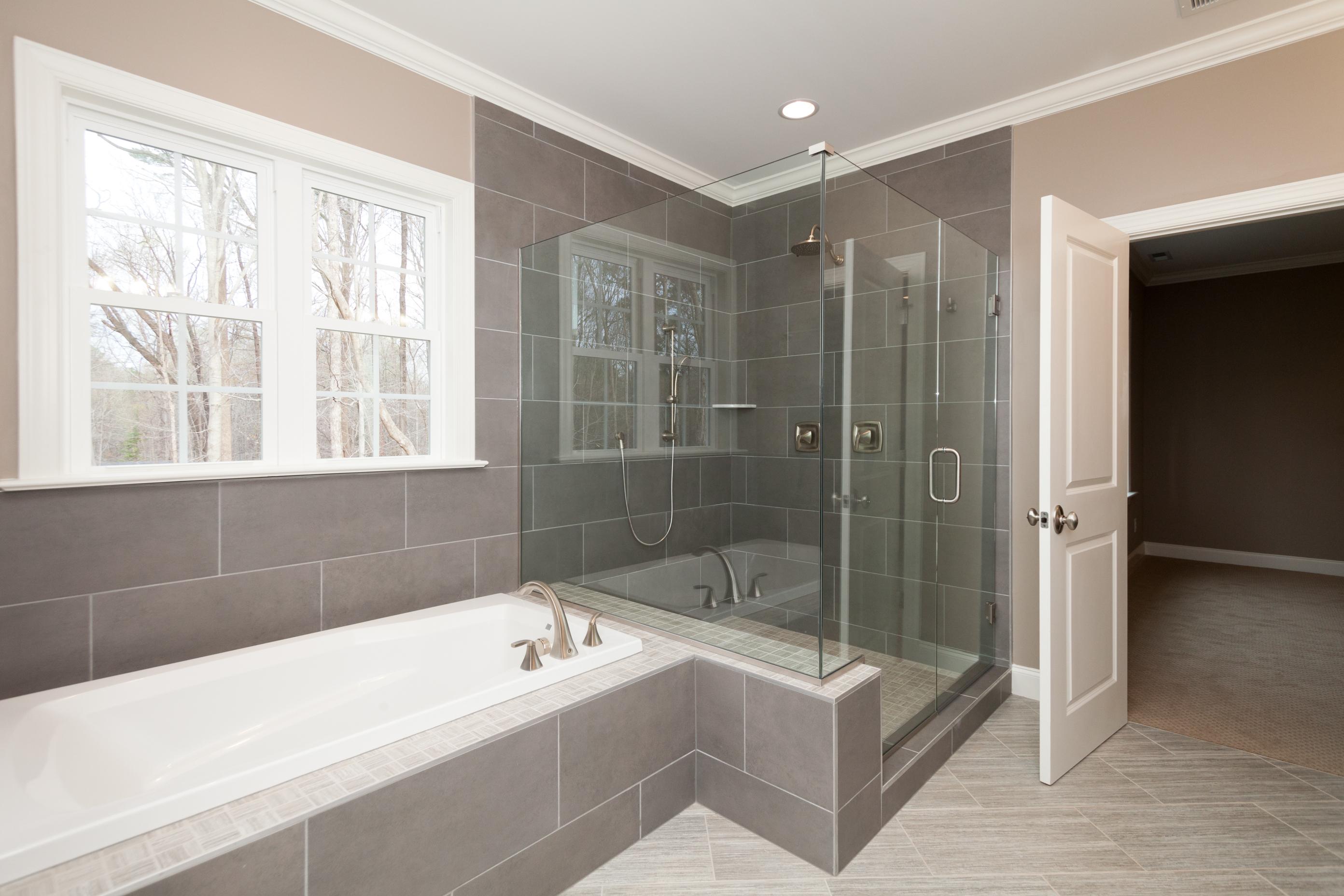 Bathrooms Jacobs Building Company - Contemporary master bathrooms